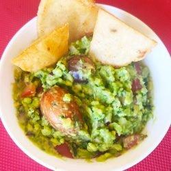 Receta de guacamole y totopos
