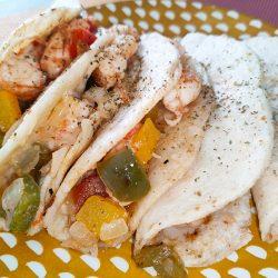 Tacos gobernador, en el plato