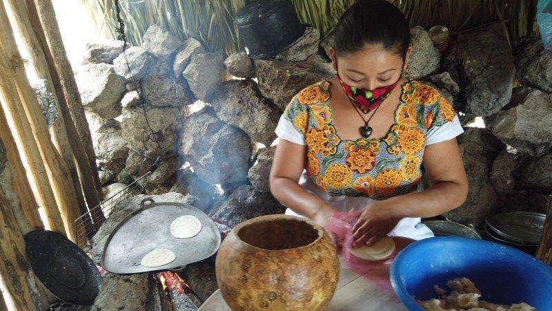 Elaboración de tortillas de maíz